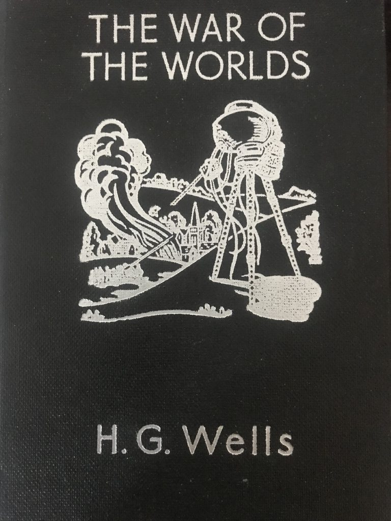 The War Of The Worlds - H G Wells - Book Review